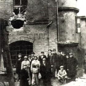 Budynki Mennicy po zniszczeniach w 1939 r.